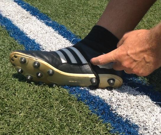 How To Tie Your Kicking Shoes Fgk Online Kicker Training